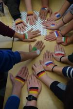Vielfalt verbindet - internationale Spezialitäten im Deutsch- und Kunstunterricht der Klasse 7c